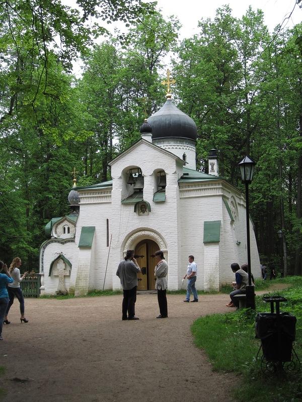 Храм Спаса Нерукотворного в Абрамцеве
